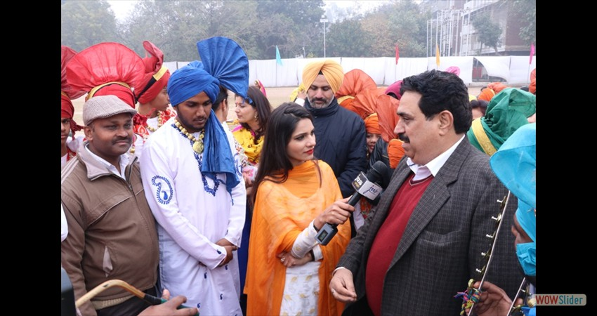Bhangra Team (2)